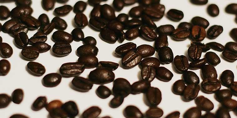 How To Grind Coffee Beans Without A Grinder Complete Guide