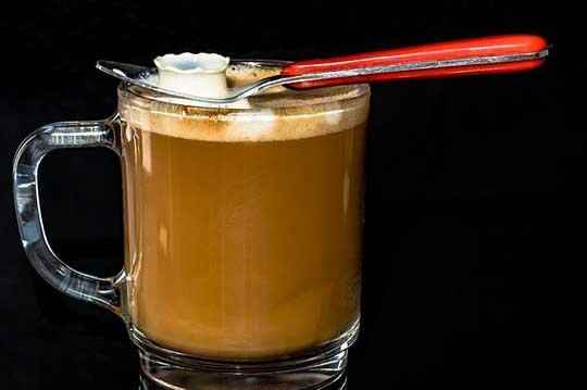 Difference Between Cafe Au Lait vs. Latte