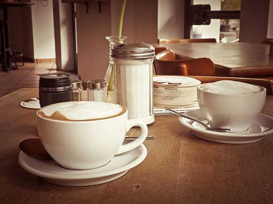 Most Notable Differences Between Cafe Misto vs. Latte