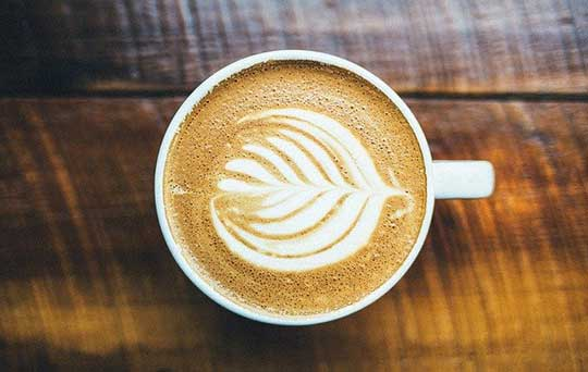 How to Make a Latte Recipe at Home